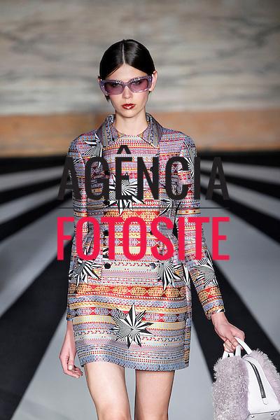Londres, Inglaterra &ndash; 02/2014 - Desfile de Matthew Williamson durante a Semana de moda de Londres - Inverno 2014. <br /> Foto: FOTOSITE