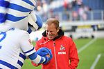 "10.04.2019, Schauinsland-Reisen-Arena, Duisburg, GER, 2. FBL, MSV Duisburg vs. 1. FC Koeln,<br />  <br /> DFL regulations prohibit any use of photographs as image sequences and/or quasi-video<br /> <br /> im Bild / picture shows: <br /> MSV Maskottchen ""Ennatz"" ( MSV Duisburg),  begruesse Markus Anfang Trainer, Headcoach (1.FC Koeln),<br /> <br /> Foto © nordphoto / Meuter"