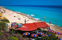 Spanien, Kanarische Inseln, Fuerteventura, Halbinsel Jandia: Playa de Butihondo, Strand, Restaurant | Spain, Canary Island, Fuerteventura, peninsula  Jandia: Playa de Butihondo, beach, Restaurant