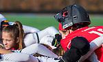 TILBURG  - hockey-   teamhuddle (MOP) voor  de wedstrijd Were Di-MOP (1-1) in de promotieklasse hockey dames. COPYRIGHT KOEN SUYK
