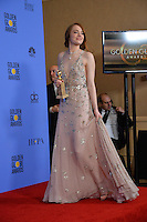 Emma Stone at the 74th Golden Globe Awards  at The Beverly Hilton Hotel, Los Angeles USA 8th January  2017<br /> Picture: Paul Smith/Featureflash/SilverHub 0208 004 5359 sales@silverhubmedia.com