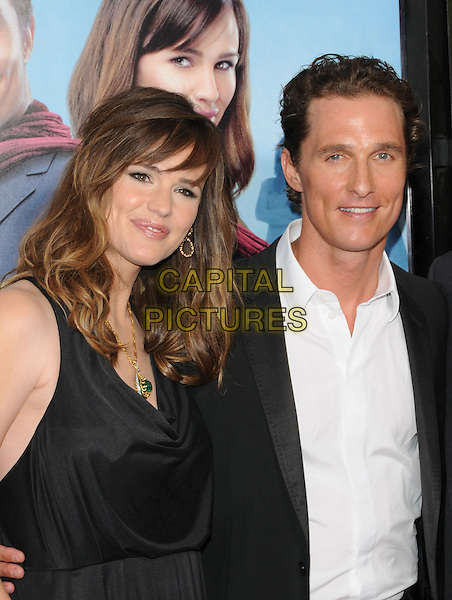 "JENNIFER GARNER & MATTHEW McCONAUGHEY.The Warner Brothers' Pictures World Premiere of ""Ghosts of Girfriends Past"" held at The Grauman's Chinese Theatre in Hollywood, California, USA..April 27th, 2009 .half length black suit dress white shirt.CAP/DVS.©Debbie VanStory/Capital Pictures."