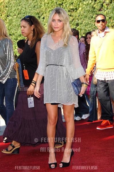 Actress ASHLEY OLSEN at the 2006 Teen Choice Awards at Universal City, Hollywood.20AUG2006  Los Angeles, CA.© 2006 Paul Smith / Featureflash