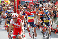 MADRI, ESPANHA, 09 SETEMBRO 2012 - LA VUELTA 2012 - O ciclista Alberto Contador comemora a conquista da La Vuelta 2012, em Madri na Espanha, neste domingo, 09. (FOTO: ALFAQUI / BRAZIL PHOTO PRESS).