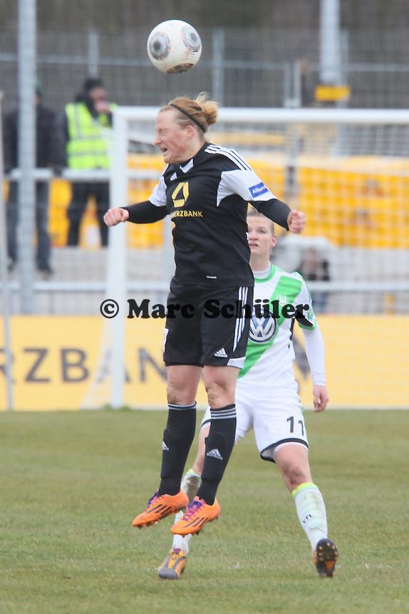Kopfball Melanie Behringer (FFC)