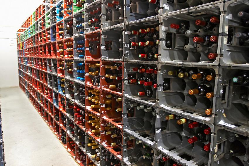 wine storage wine competition Les Citadelles du Vin  bourg bordeaux france