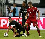 12.08.2018, Commerzbank - Arena, Frankfurt, GER, Supercup, Eintracht Frankfurt vs FC Bayern M&uuml;nchen , <br />DFL REGULATIONS PROHIBIT ANY USE OF PHOTOGRAPHS AS IMAGE SEQUENCES AND/OR QUASI-VIDEO.<br />im Bild<br />Mijat Gacinovic (Frankfurt), Jonathan de Guzman (Frankfurt), Thomas M&uuml;ller (M&uuml;nchen)<br /> <br /> Foto &copy; nordphoto / Bratic