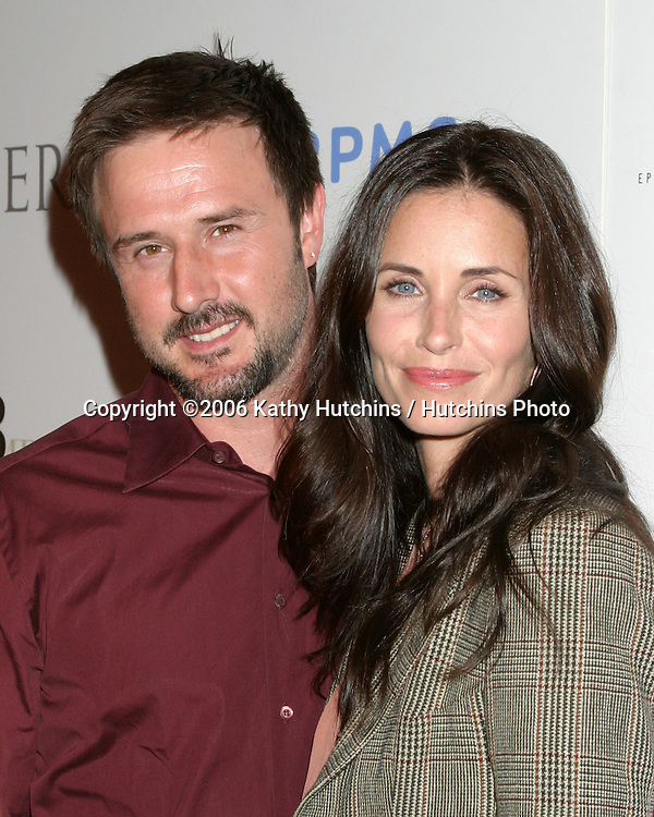 """David Arquette & Courtney Cox.""""A Night at the Comedy Store"""" to benefit EB Medial Research Foundation, sponsored by Kinerase Skincare and hosted by Courtney Cox.W. Hollywood, CA.August 14, 2006.©2006 Kathy Hutchins / Hutchins Photo.."""