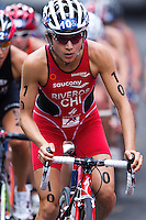 10 APR 2011 - SYDNEY, AUS - Barbara Riveros Diaz - women's ITU World Championship Series triathlon in Sydney, Australia .(PHOTO (C) NIGEL FARROW)