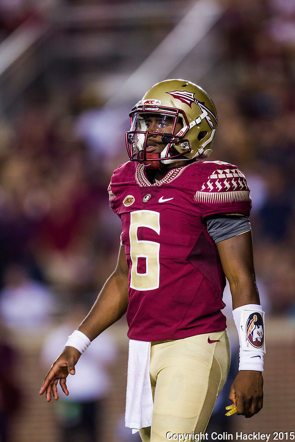 TALLAHASSEE, FLA. 9/5/15-Florida State University quarterback Everett Golson during first half action in the football game against Texas State University at Doak Campbell Stadium in Tallahassee.<br /> <br /> COLIN HACKLEY PHOTO