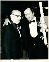le maire Jean Drapeau et Charles Dutoit<br /> le 21 octobre 1983<br /> <br /> PHOTO :  Agence Quebec Presse
