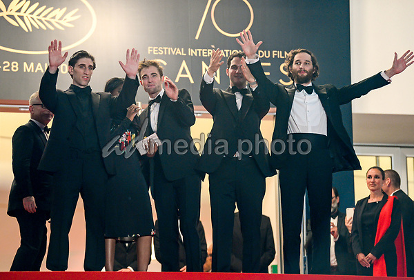 "25 May 2017 - Cannes, France - Buddy Duress, Taliah Webster, Robert Pattinson, Benny Safdie, Jo. ""Good Time"" Premiere - The 70th Annual Cannes Film Festival. Photo Credit: Jan Sauerwein/face to face/AdMedia"
