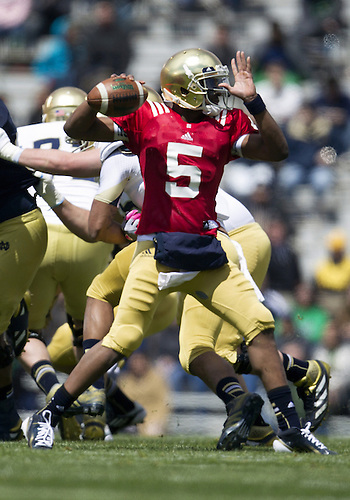 April 20, 2013: Notre Dame Fighting Irish quarterback Everett Golson (5) passes the ball during the Notre Dame Blue-Gold Spring game at Notre Dame Stadium in South Bend, Indiana.  The Defense topped the Offense by a score of 54-43.