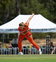 24th November 2019; Lilac Hill Park, Perth, Western Australia, Australia; Womens Big Bash League Cricket, Perth Scorchers versus Sydney Sixers; Samantha Betts of the Perth Scorchers bowls - Editorial Use
