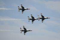 FORT LAUDERDALE FL : The U.S. Air Force Thunderbirds perform at the Lauderdale Air Show in Fort Lauderdale, Florida. <br /> Photo: NortePhoto.Com