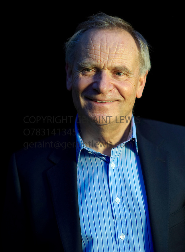 Jeffrey Archer [Lord Archer] ,Former Conservative Party Politician and  Best Selling Novelist at the Oxford Literary Festival at Christchurch College Oxford. CREDIT Geraint Lewis