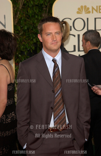 MATTHEW PERRY at the Golden Globe Awards at the Beverly Hills Hilton Hotel..19JAN2003...© Paul Smith / Featureflash