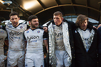 Stuart Hooper of Bath Rugby speaks to his team in a huddle after the match. Aviva Premiership match, between Worcester Warriors and Bath Rugby on February 13, 2016 at Sixways Stadium in Worcester, England. Photo by: Patrick Khachfe / Onside Images