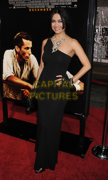 "LUISA DIAZ .arriving at the Los Angeles premiere of ""The Fighter"" at Grauman's Chinese Theater in Hollywood, California, USA, December 6th, 2010..full length black long maxi one shoulder dress hand on hip .CAP/ROT/TM.©TM/Roth Stock/Capital Pictures"