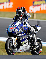 Yamaha MotoGP rider Jorge Lorenzo of Spain Greets the crowd after taking pole position during qualifying  session at the Australian Motorcycle GP in Phillip Island, Oct 19, 2013. Photo by Daniel Munoz/VIEWpress IMAGE RESTRICTED TO EDITORIAL USE ONLY- STRICTLY NO COMMERCIAL USE.