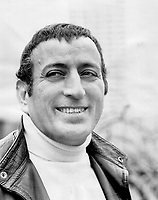 Tony Bennett. Don't tear it down<br /> <br /> Griffin, Doug<br /> Picture, 1971