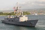 USS THACH (FFG-43)