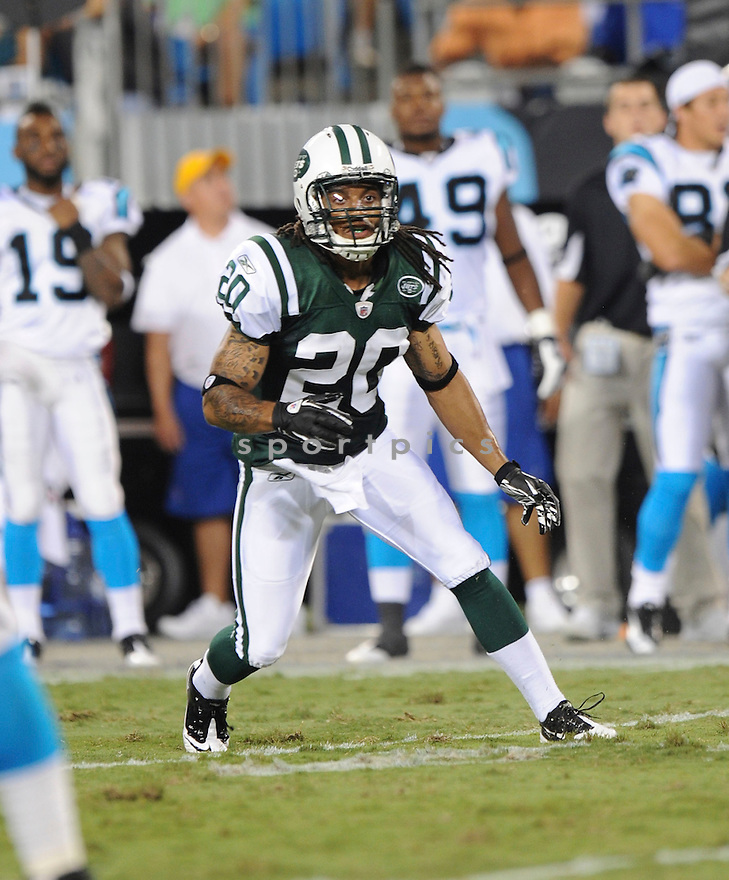 KYLE WILSON, of the New York Jets in action during the Jets game against the Carolina Panthers  at Bank of America Stadium in Charlotte, N.C.  on August 21, 2010.  The Jets beat the Panthters 9-3 in the second week of preseason games...