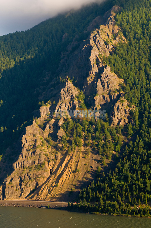 Cliffs of the Columbia River Gorge, Washington