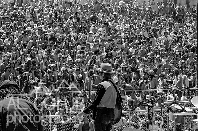 The first Mountain Aire Renaissance Faire and Music Festival featuring Dave Mason, Elvin Bishop, Livingston Taylor and Dan Hicks was presented by Rock'n Chair productions at the Calaveras County Fairgrounds, Angles Camp, California on June 15, 1974.  ( ON Stage Dan Hicks )  Images by Al Golub/ Golub Photography