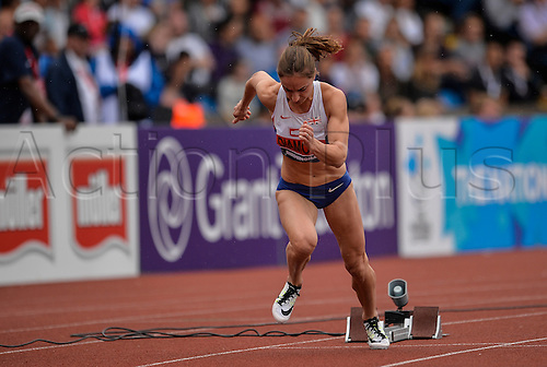 26.06.2016. Alexander Stadium, Birmingham, England. British Athletics Championships. Emily Diamond starts in the 400m final.