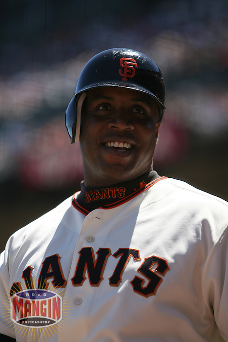 Barry Bonds. Baseball: Philadelphia Phillies vs San Francisco Giants at AT&T Park in San Francisco, CA on July 16, 2006. Photo by Brad Mangin