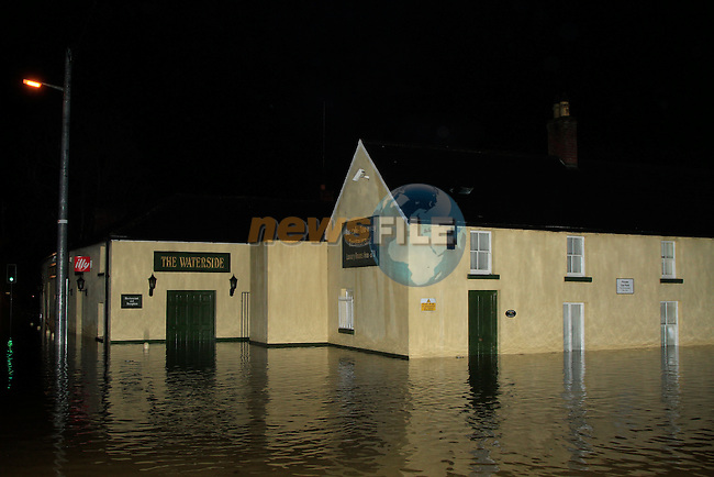 during flooding of the Waterside Public House in Termonfeckin on Thursday 13th November 2014.<br /> Picture:  Thos Caffrey / www.newsfile.ie