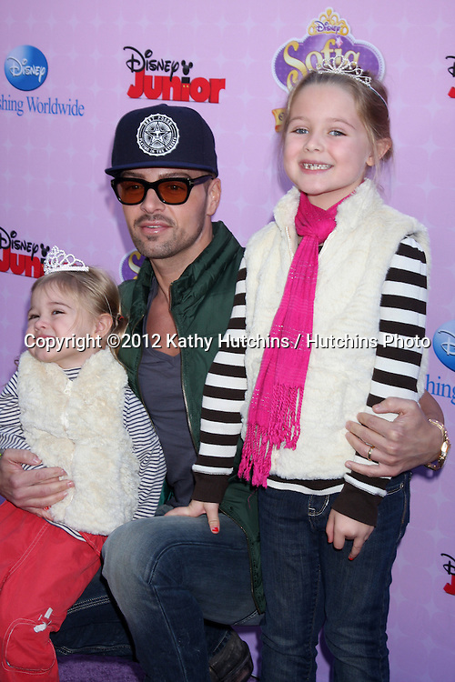 "LOS ANGELES - NOV 10:  Joey Lawrence arrives at the ""Sofia The First: Once Upon a Princess"" Premiere And Story Book Launch at Walt Disney Studios on November 10, 2012 in Burbank, CA"
