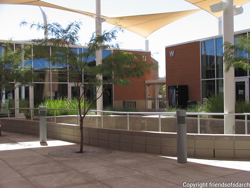 Elle Towne Community Center Facility, Tucson, AZ, 2009. Joy Lyndes, landscape architect.