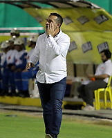 NEIVA-COLOMBIA, 04-09-2019: Guillermo Sanguinetti, técnico de Cúcuta Deportivo, durante partido aplazado entre Atlético Huila y Cúcuta Deportivo, de la fecha 7 por la Liga Águila II 2019 en el estadio Guillermo Plazas Alcid en la ciudad de Neiva. / Guillermo Sanguinetti, coach of Cucuta Deportivo, during a posponed match between Atletico Huila and Cucuta Deportivo of the 7th date for the Aguila Leguaje II 2019 at the Guillermo Plazas Alcid Stadium in Neiva city. Photo: VizzorImage  / Sergio Reyes / Cont.