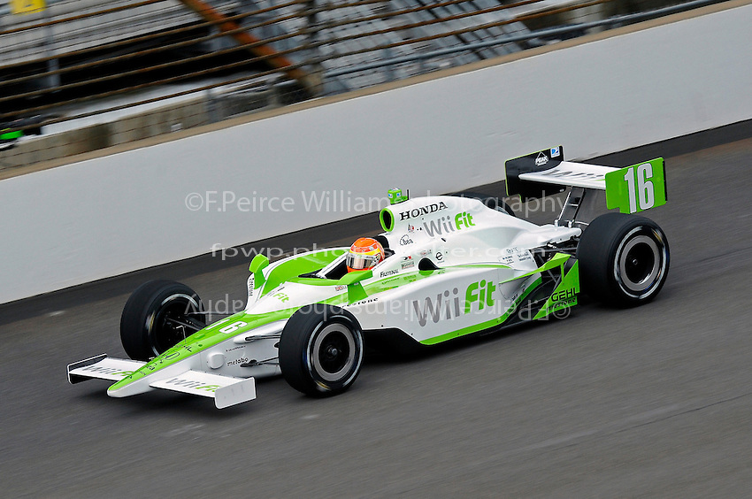 23 May 2008, Indianapolis,Indiana USA.Alex Lloyd's Wii Fit/Rahal Letterman with Chip Ganassi Honda/Dallara #16.©2008 F.Peirce Williams USA.