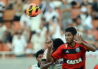 SAO PAULO SP, 01.09.2013 - Corinthians X Flamengo - Wallace  do Flamengo durante partida contra o Corinthians valida pelo campeonato brasleiro de 2013  no Estadio do Pacaembu em  Sao Paulo, neste domingo, 01. (FOTO: ALAN MORICI / BRAZIL PHOTO PRESS).