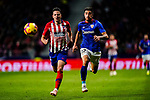 Yuri Berchiche of Athletic de Bilbao (R) fights for the ball with Santiago Arias of Atletico de Madrid during the La Liga 2018-19 match between Atletico de Madrid and Athletic de Bilbao at Wanda Metropolitano, on November 10 2018 in Madrid, Spain. Photo by Diego Gouto / Power Sport Images