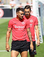 Danny Blum (Eintracht Frankfurt) mit hochgekrempelten Hosen wie Christiano Ronaldo - 24.07.2018: Eintracht Frankfurt Training, Commerzbank Arena