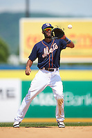 Binghamton Mets shortstop Amed Rosario (1) during a game against the Richmond Flying Squirrels on June 26, 2016 at NYSEG Stadium in Binghamton, New York.  Binghamton defeated Richmond 7-2.  (Mike Janes/Four Seam Images)