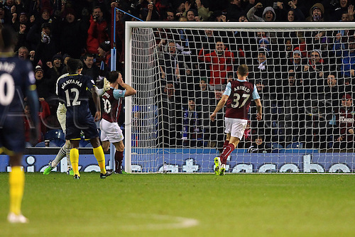 13.12.2014.  Burnley, England. Premier League. Burnley versus Southampton. Burnley forward Ashley Barnes scores a goal (1-0)