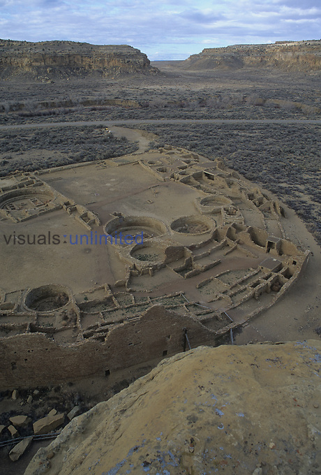Pueblo Bonito and Chaco Canyon, Anasazi, New Mexico, USA.