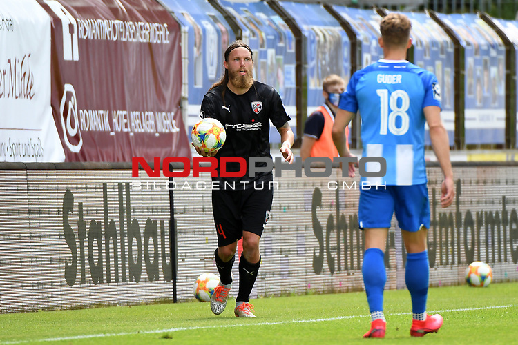 28.06.2020, Hänsch-Arena, Meppen, GER, 3.FBL, SV Meppen vs. FC Ingolstadt 04 <br /> <br /> im Bild<br /> Björn Paulsen (FC Ingolstadt 04, 4)<br /> <br /> DFL REGULATIONS PROHIBIT ANY USE OF PHOTOGRAPHS AS IMAGE SEQUENCES AND/OR QUASI-VIDEO<br /> <br /> Foto © nordphoto / Paetzel