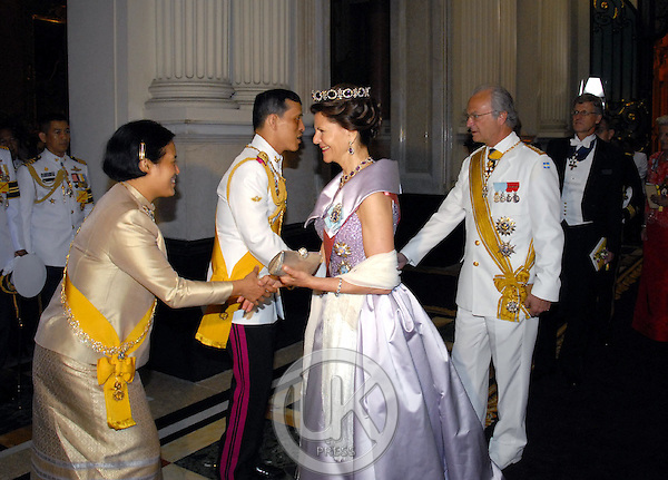 King Carl Gustaf & Queen Silvia of Sweden attend a Banquet for foreign monarchs & royal guests at the Chakri Maha Prasat Throne Hall, hosted by Thai King Bhumibol Adulyadej, during the celebrations to mark the 60th anniversary of his accession to the throne...Pool Picture supplied by UK Press Ltd