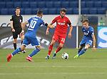 Munas Dabbur (TSG 1899 Hoffenheim), Mark Uth (1.FC Köln) und Christoph Baumgartner (TSG 1899 Hoffenheim)<br /> <br /> Foto: POOLFOTO/Avanti/Ralf Poller/PIX-Sportfotos.<br /> TSG 1899 Hoffenheim-1. FC Koeln.<br /> Sinsheim,  GER, 27.05.2020 , 28. Spieltag , Fussball 1. Bundesliga 2019/2020.<br /> <br /> Sport: Fussball: LIGA: Saison 19/20: TSG 1899 Hoffenheim- 1.FC Koeln, 27.05.2020.<br /> Foto: RALF POLLER/AVANTI/POOL<br /> <br /> Nur für journalistische Zwecke! Only for editorial use! <br /> Gemäß den Vorgaben der DFL Deutsche Fußball Liga ist es untersagt, in dem Stadion und/oder vom Spiel angefertigte Fotoaufnahmen in Form von Sequenzbildern und/oder videoähnlichen Fotostrecken zu verwerten bzw. verwerten zu lassen. DFL regulations prohibit any use of photographs as image sequences and/or quasi-video.