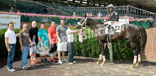 Bellissima Luna winning at Delaware Park on 6/25/12