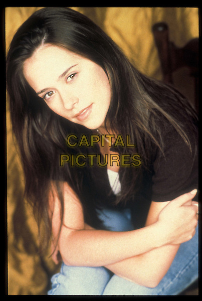 JENNIFER LOVE HEWITT.in Party of Five.Ref: 3320.Filmstill - Editorial use only.www.capitalpictures.com.sales@capitalpictures.com.©Capital Pictures.