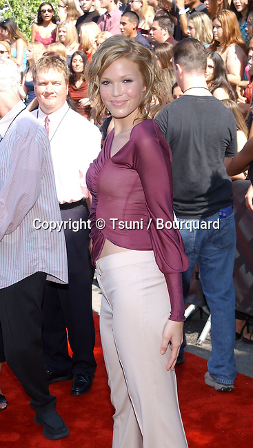 Singer Mandy Moore arrives at the 2001 Teen Choice Awards held at the Universal Amphitheatre in Los Angeles, CA., August 12, 2001.            -            MooreMandy32.jpg