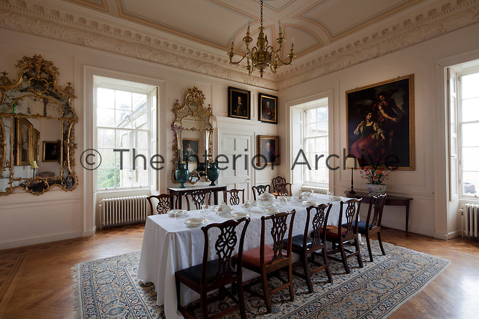 John Adam's dining room, completed in the 1750s. Italian paintings were supplied by his brother Robert, who aquired them on his Grand Tour