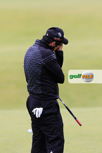 Jason DAY (AUS) misses his putt to go into the playoff on the 18th green during Monday's Final Round of the 144th Open Championship, St Andrews Old Course, St Andrews, Fife, Scotland. 20/07/2015.<br /> Picture Eoin Clarke, www.golffile.ie